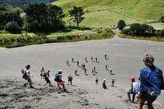auckland-hike-lake-wainamu-got-to-get-out-10