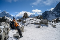 hiking-nepal-everest-base-camp-EBC-got-to-get-out-group-17