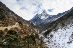 hiking-nepal-everest-base-camp-EBC-got-to-get-out-group-7