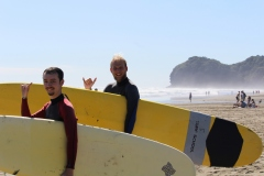 surfing-piha-auckland-new-zealand-got-to-get-out-1