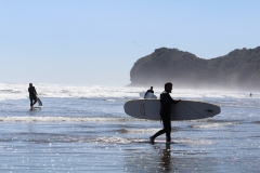 surfing-piha-auckland-new-zealand-got-to-get-out-4