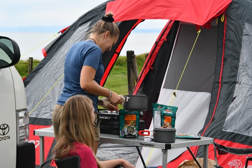 camping and cooking back country cousine